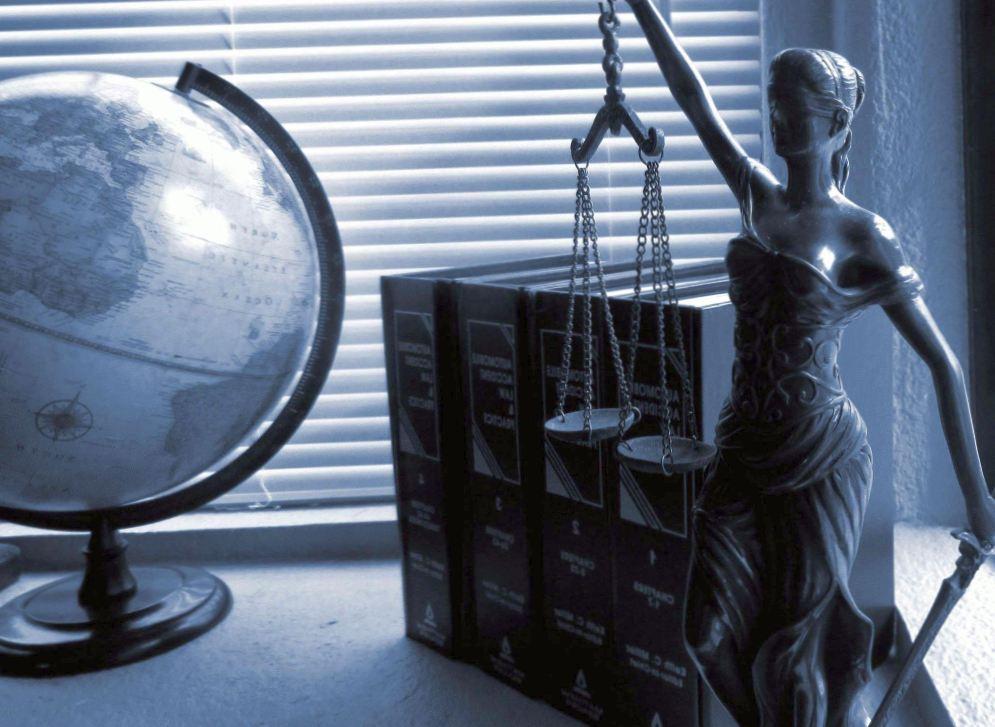 Как нанять высококвалифицированного адвоката